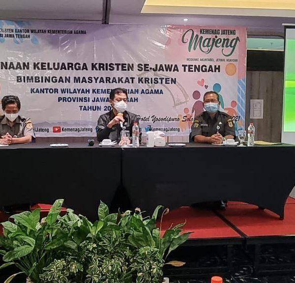 Bimas Kristen MenggelarPembinaan Keluarga Kristen se-Jawa Tengah.