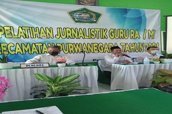 Pelatihan jurnalistik KKMI Kecamatan Purwanegara