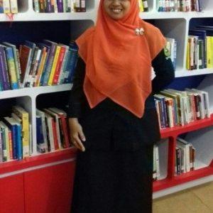 Guru MTs N 2 Banjarnegara, Menang Seleksi Cipta Puisi