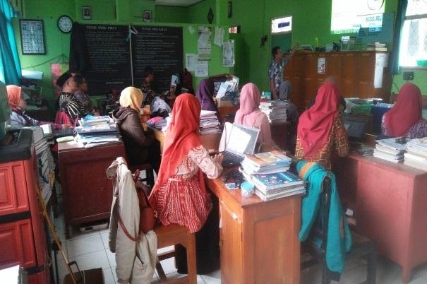 Rakor Penetapan Calon Siswa Kelas VII MTs Muhammadiyah 1 Kalibening