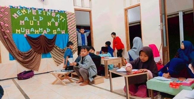 Suasana Belajar Di LPQ Al-Huda