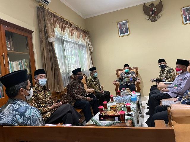 Kepala Kantor Kementerian Agama Kabupaten Boyolali memimpin rapat BAPERJAKAT