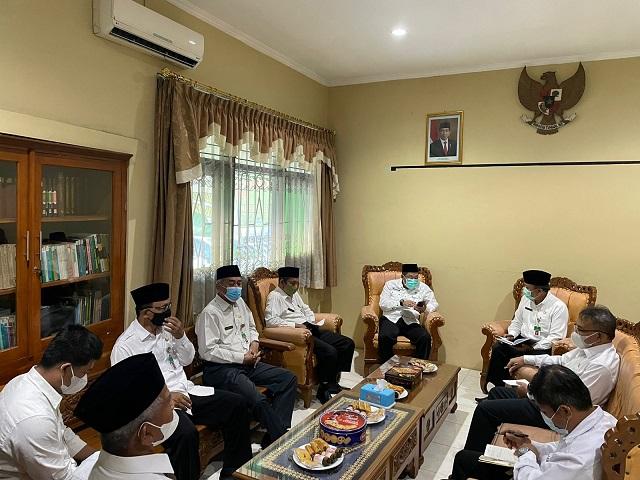 Kepala Kantor Kementeian Agama Kabupaten Boyolali memimpin rapat pemantapan ZI tahun 2022