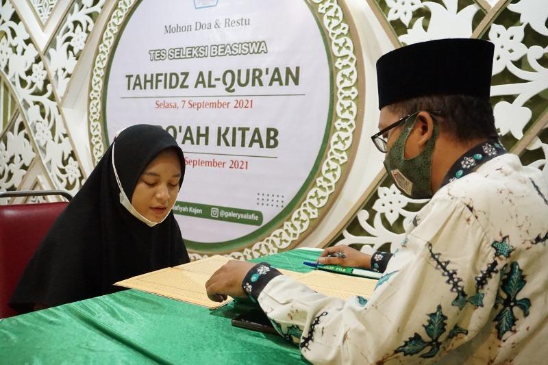 MTs Salafiyah Pati Gelar Seleksi Beasiswa Qiro'ah Kitab