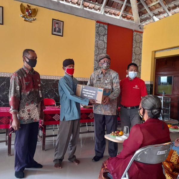 Sinergi Bimas Hindu dengan Desa Binaan Kerukunan Intern Kabupaten Jepara dalam Pemberian Bansos