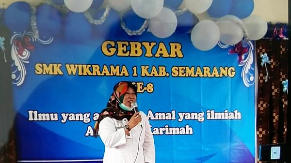 Nur Solichah Dalam Kegiatan Gebyar SMK Wikrama 1 Kab.Semarang